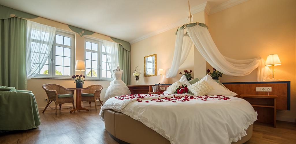 gasthof alt engelsdorf hotel und restaurant geniessen in leipzig zimmer. Black Bedroom Furniture Sets. Home Design Ideas